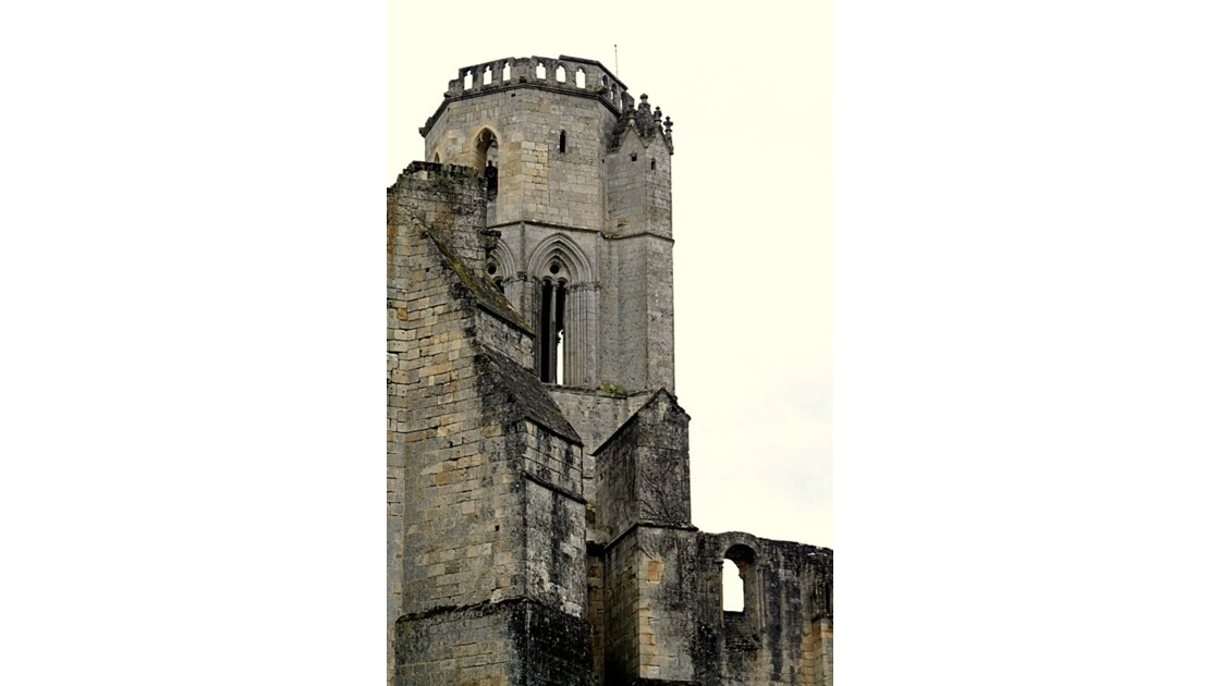 """""""Autre vue de la tour ..."""""""