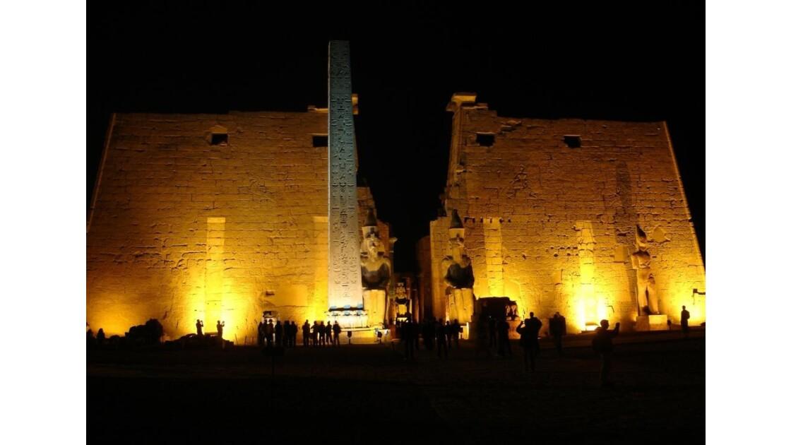 Egypte_Temple_de_Luxor_1.jpg