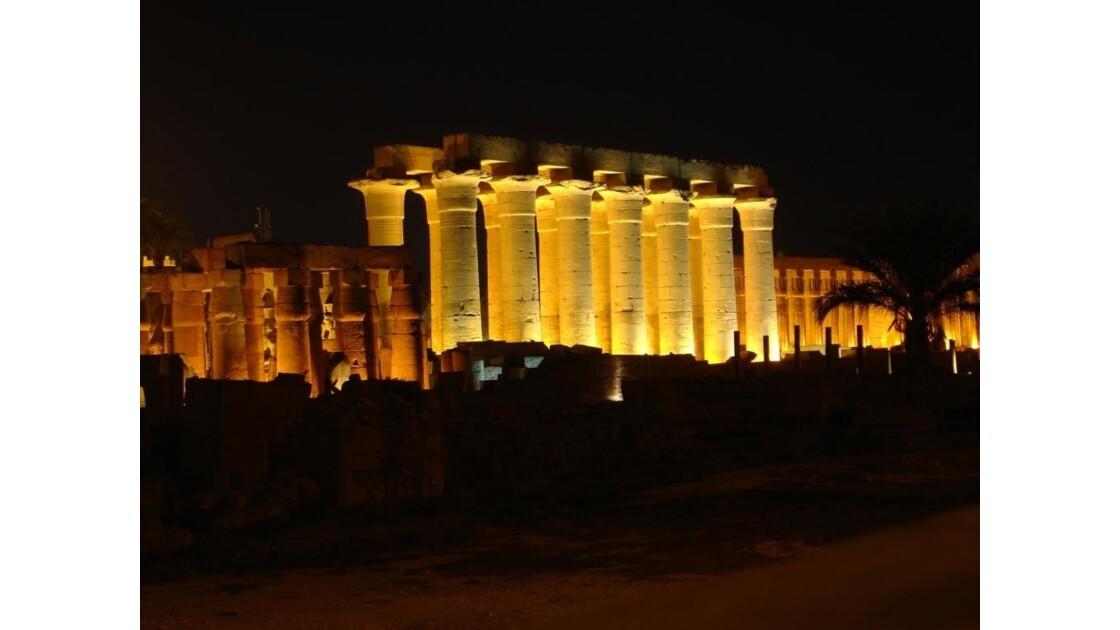 Egypte_Temple_de_Luxor_5.jpg