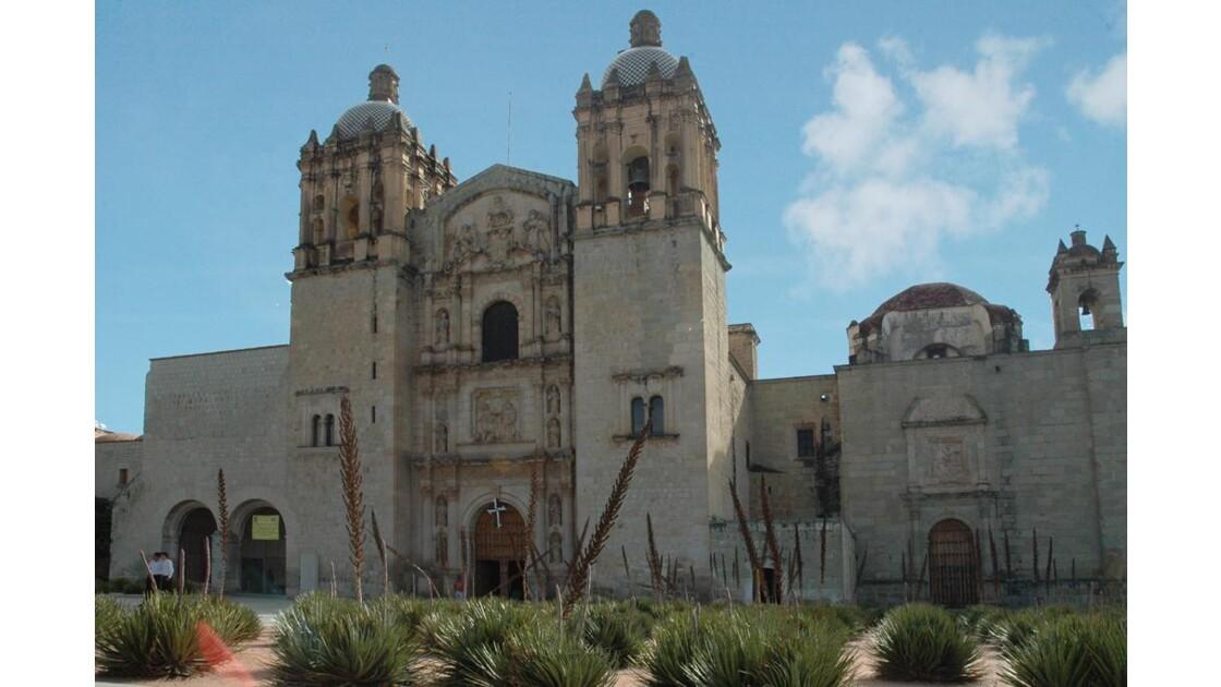 Eglise Santo Domingo.