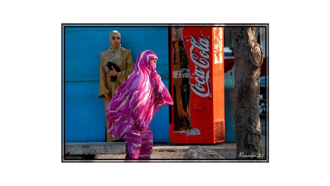 La dame en rose, (Agadir, Maroc)