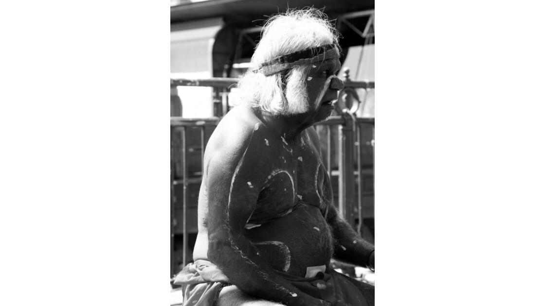 Aborigène en spectacle