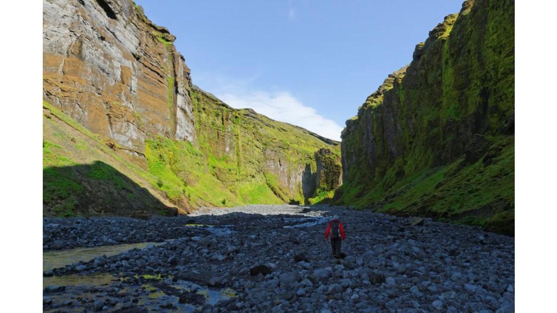 f 249   le canyon