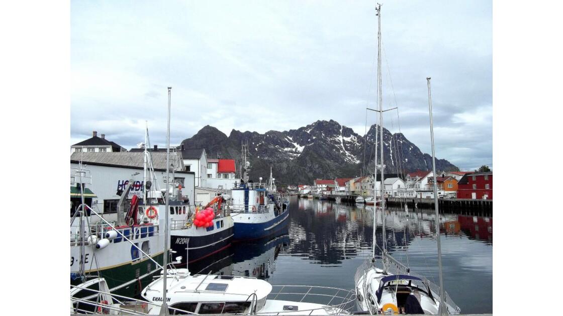 Norvège Iles Lofoten Henningsvaer