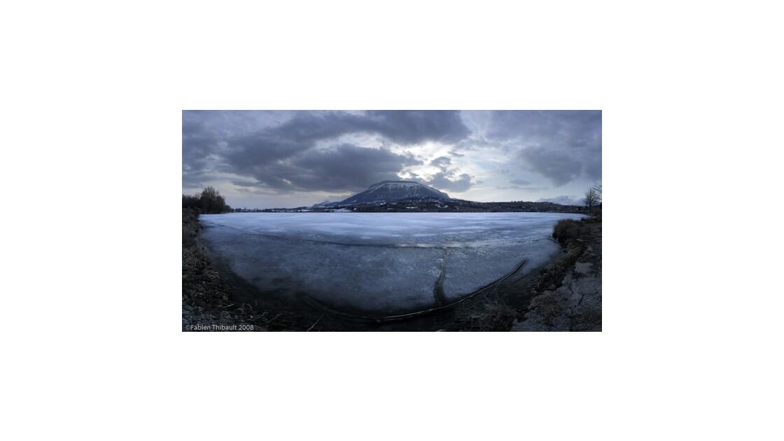le lac de Pelleautier en hiver