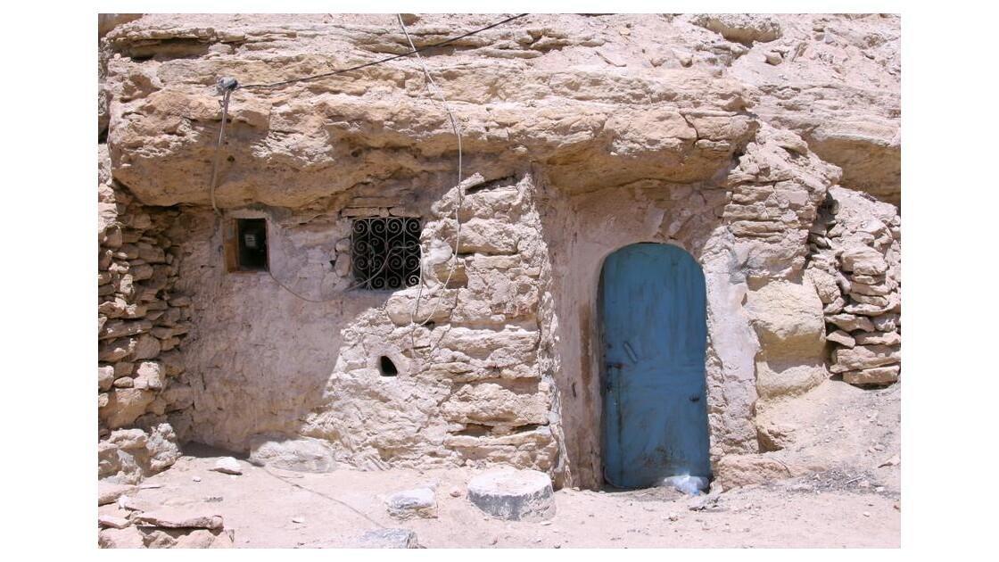 Sud tunisien:maison troglodyte à Chenin