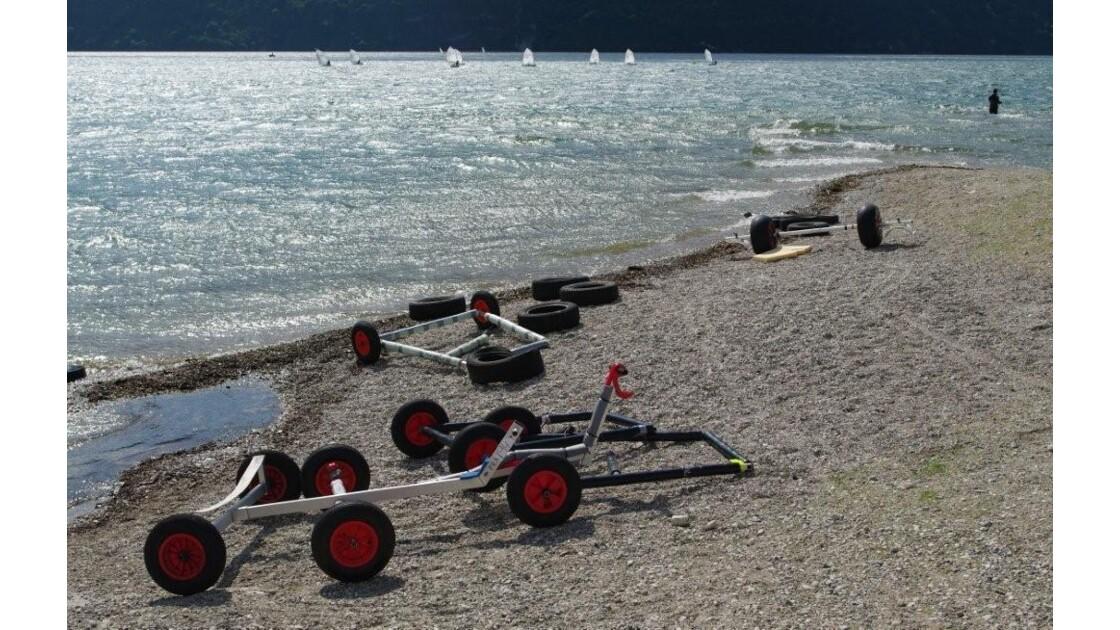 une plage à Aix-les-Bains.