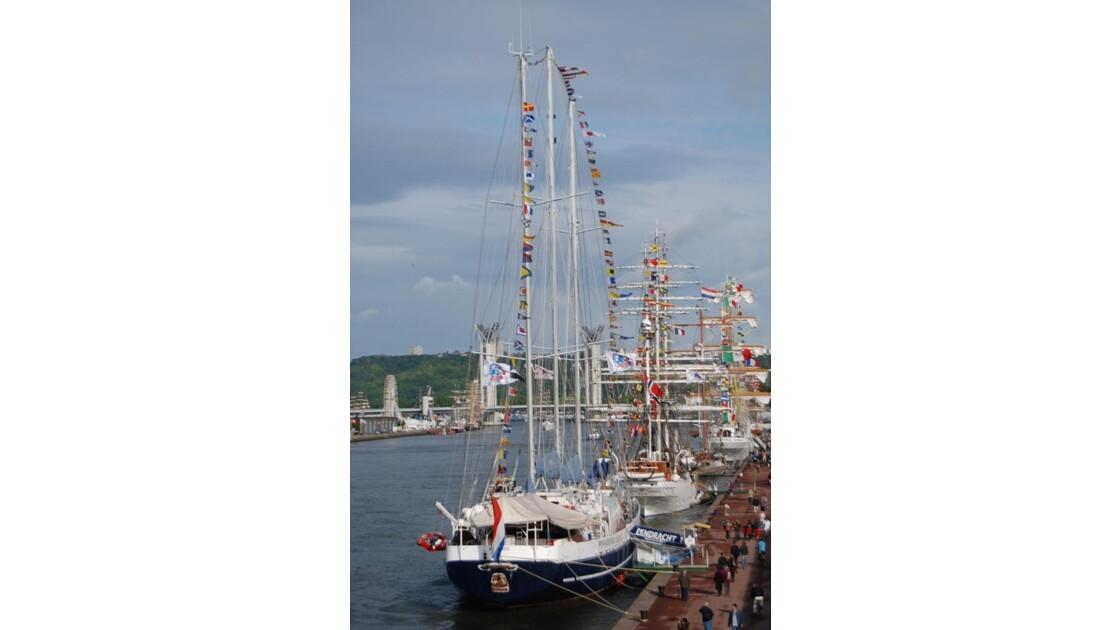 Quais de Rouen Armada