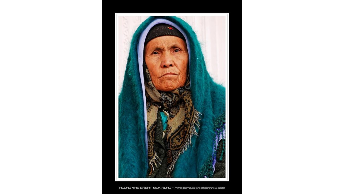 Vieille femme ouzbèque