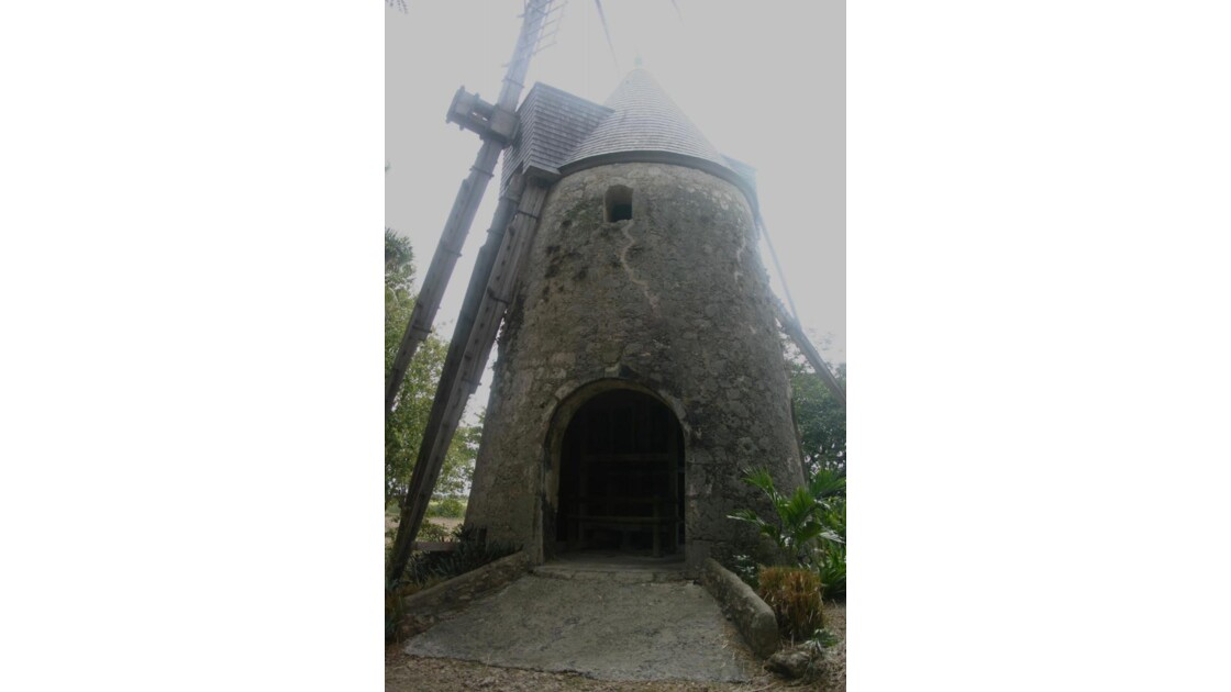 582 moulin distillerie Damoiseau.