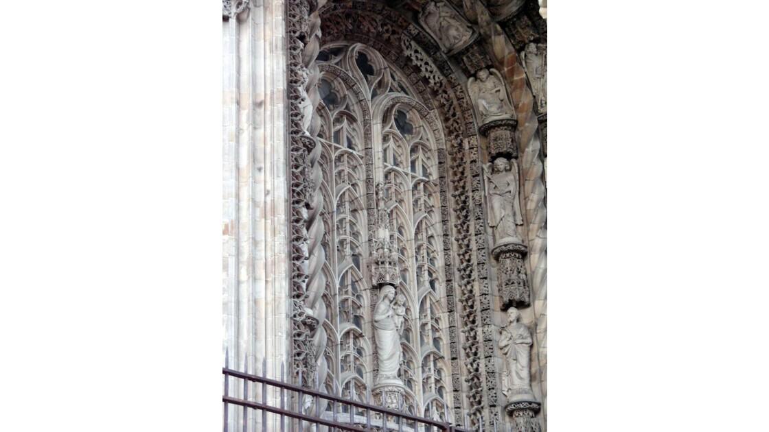 Tympan du portail