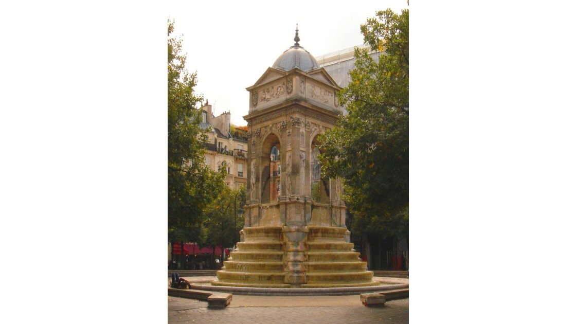 Paris - Fontaine des innocents