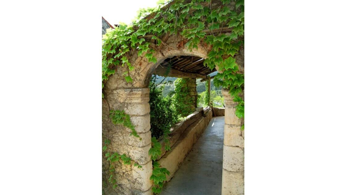 La terrasse - Trigance (83)