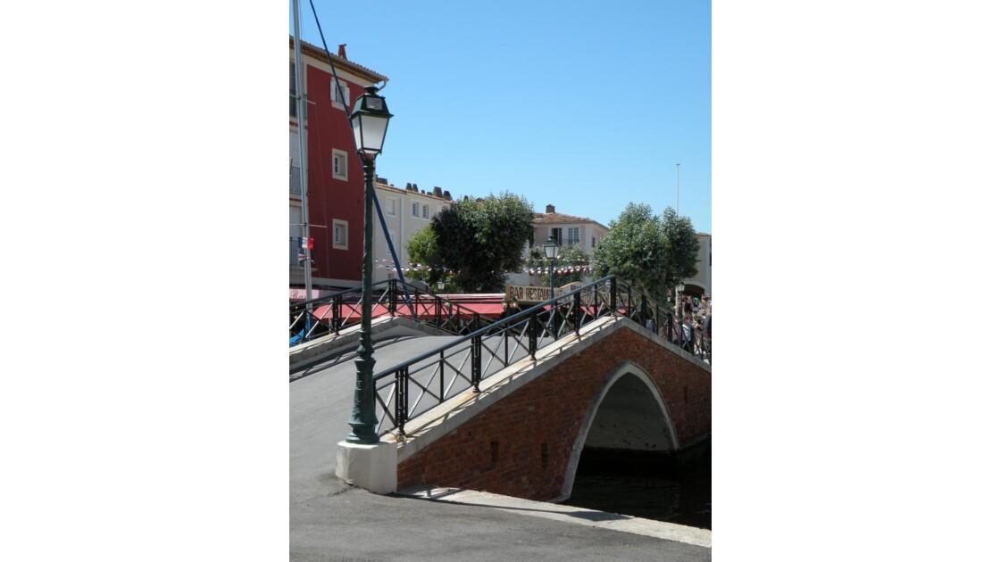 Petit pont de Port Grimaud