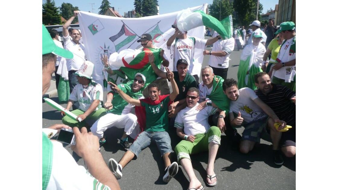 one' two,three . viva l'Algérie!!,