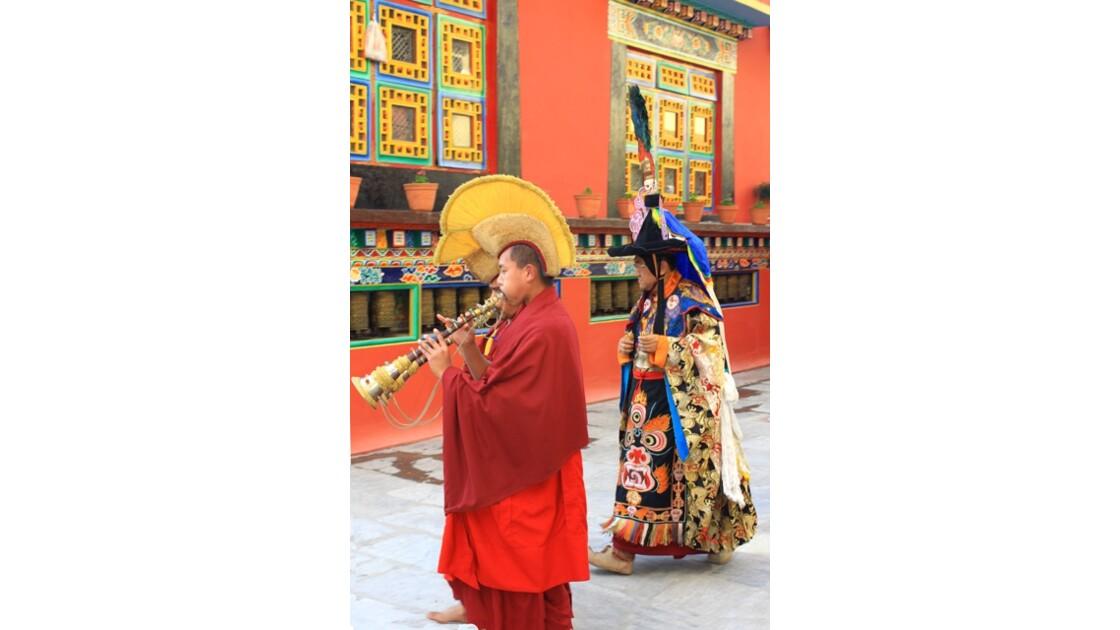 Procession des moines Shechen 5
