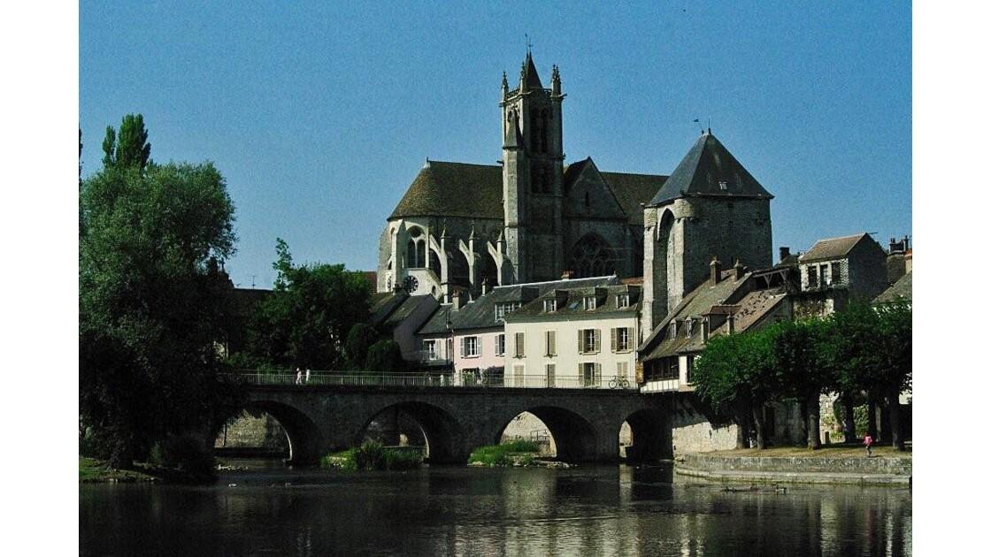 l'église  Notre Dame.