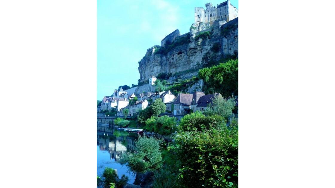 Beynac son château et sa falaise