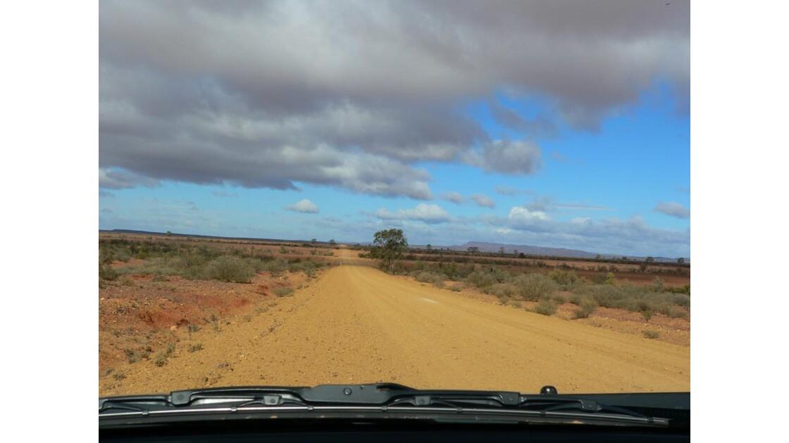 chemin Flinders Ranges NP-australie 48