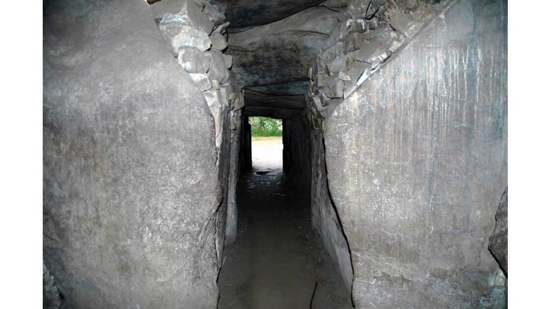 Intérieur du tumulus.