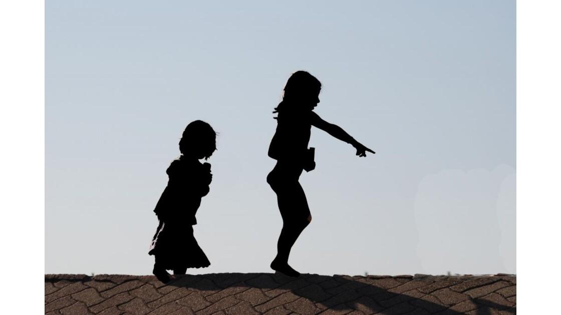 Petites filles.