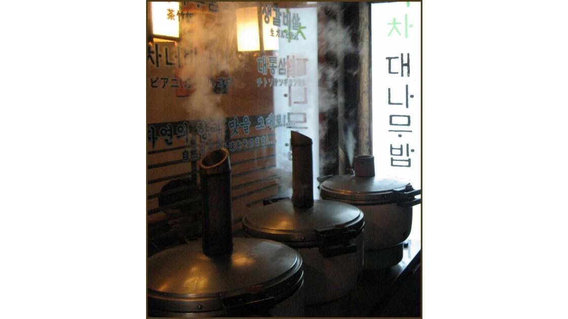 Séoul la cuisson du riz.jpg