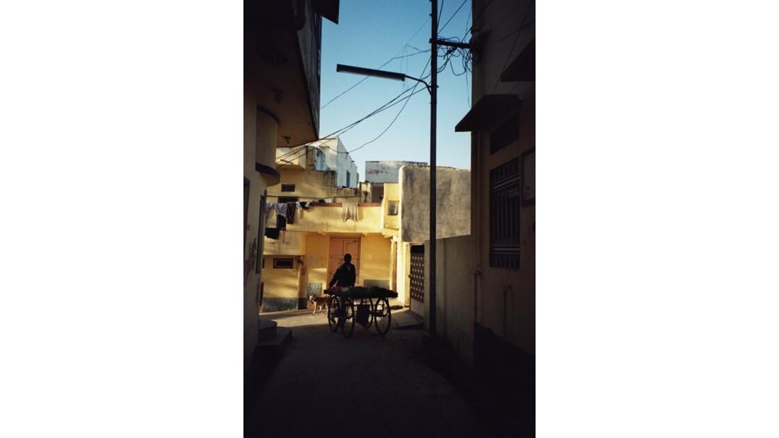 Dans la rue .2