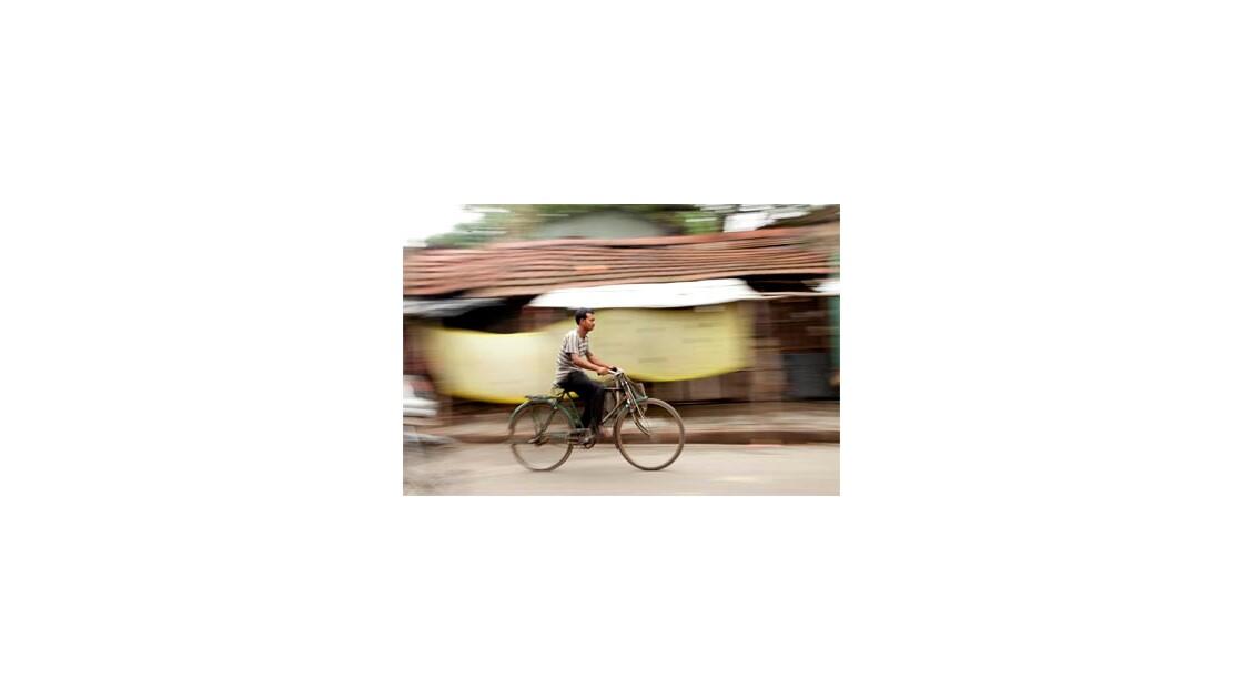 India's motion-La course en velo