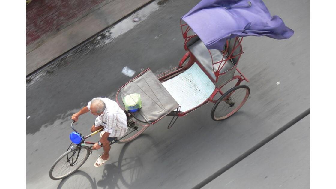 Cyclo.