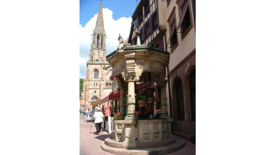 Obernai.Fontaine remarquable.