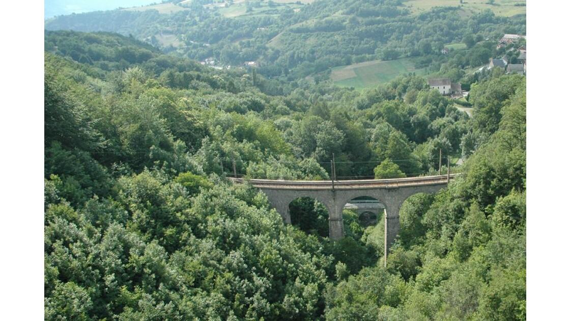 Viaduc et petit pont.