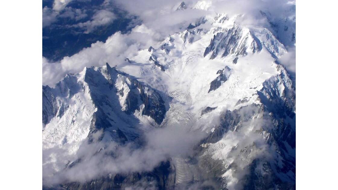 Les Alpes vues d'avion