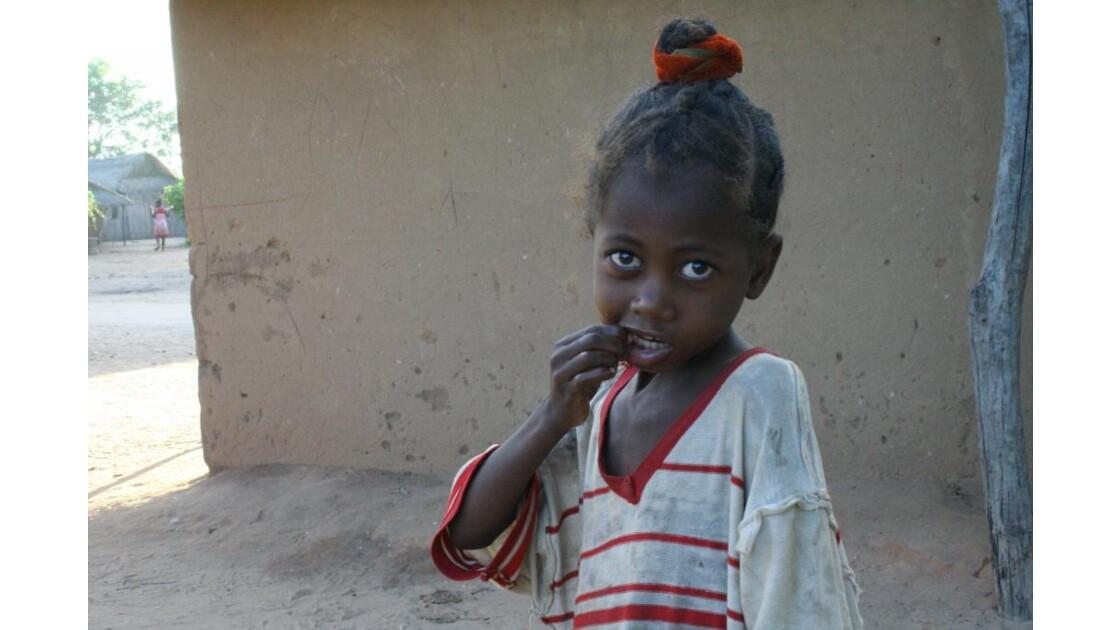 petite fille malgache