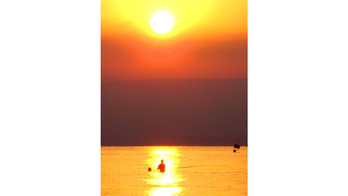 pêcheur au lac de Tibériade, à l'aube