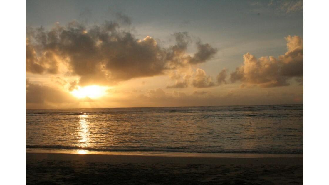 couché de soleil sur le lagon