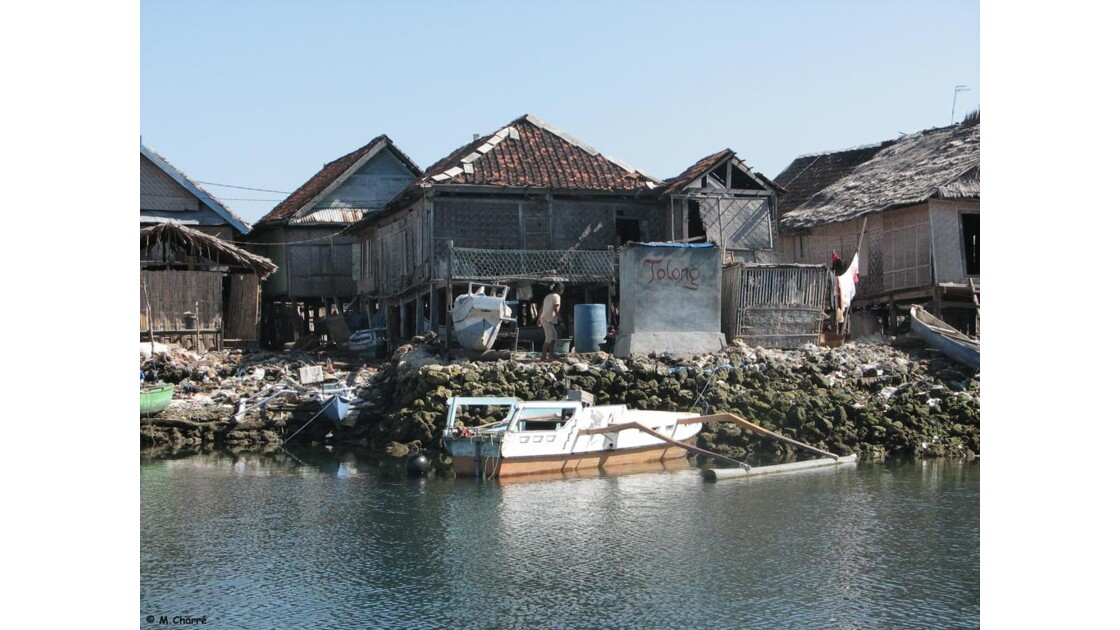 SUMBAWA - Île de Pulau Bungin