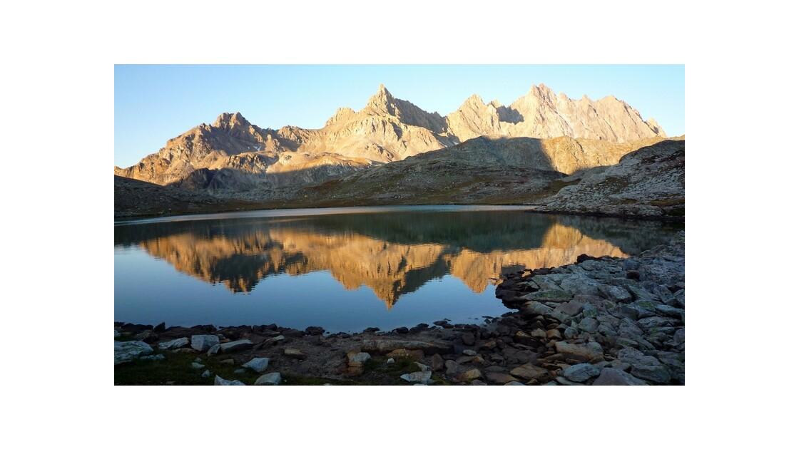 Lac du Roure  -vallée de l'Ubaye 05 -