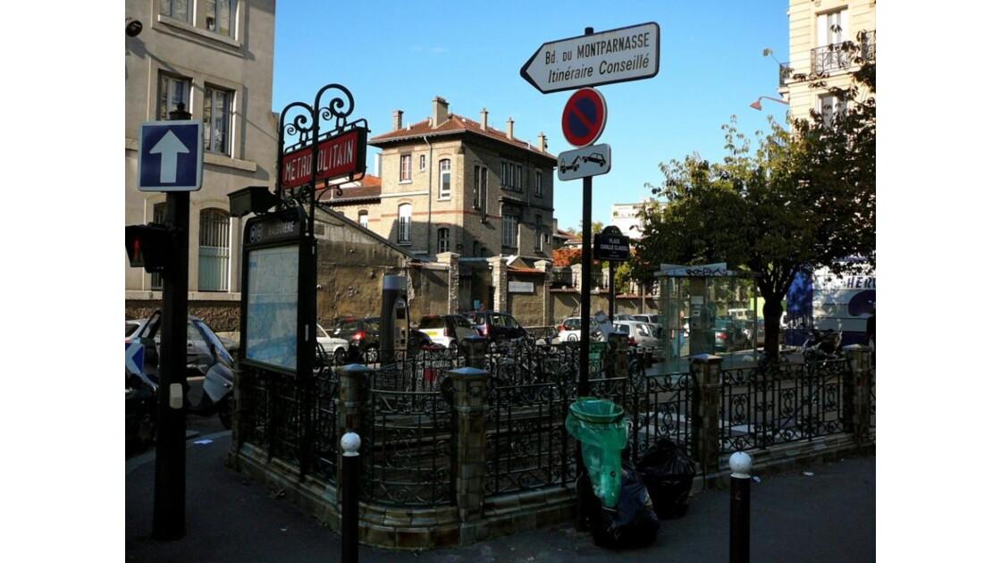 Station_Falguiere_Ligne_12.JPG