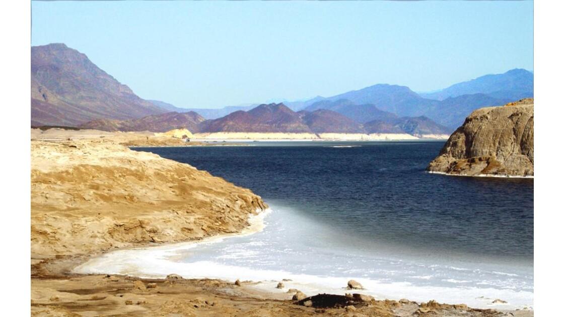 il est 7 h:le lac Assal