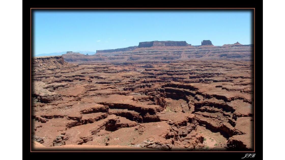 Paysage_lunaire_Canyonland.jpg