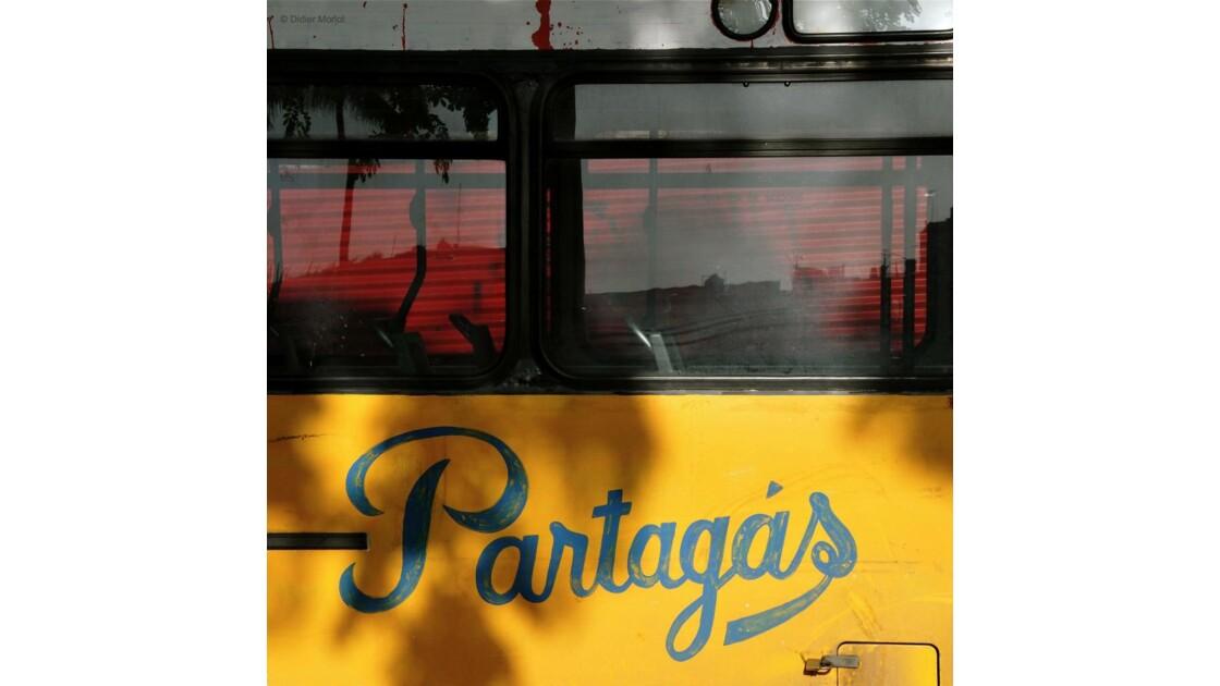 Cigares et autobus
