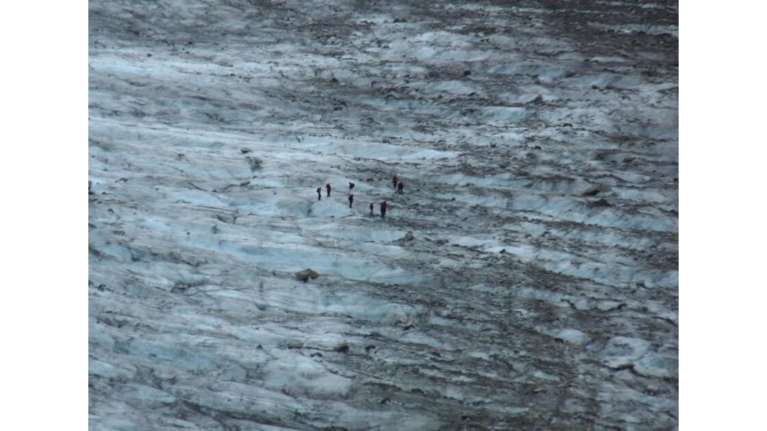 Les alpinistes sur la Mer de Glace.