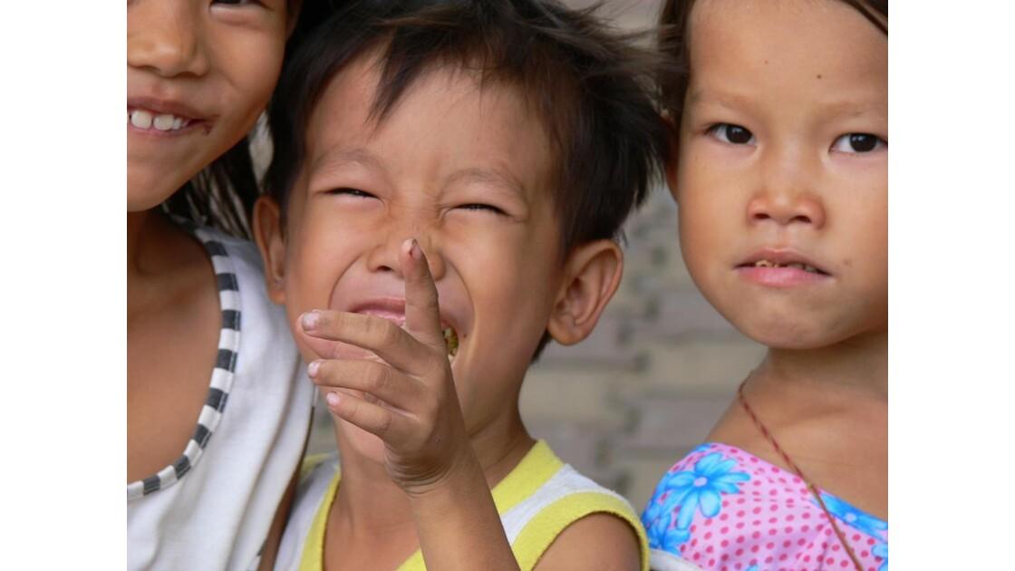 Enfants des Rues a Saigon.