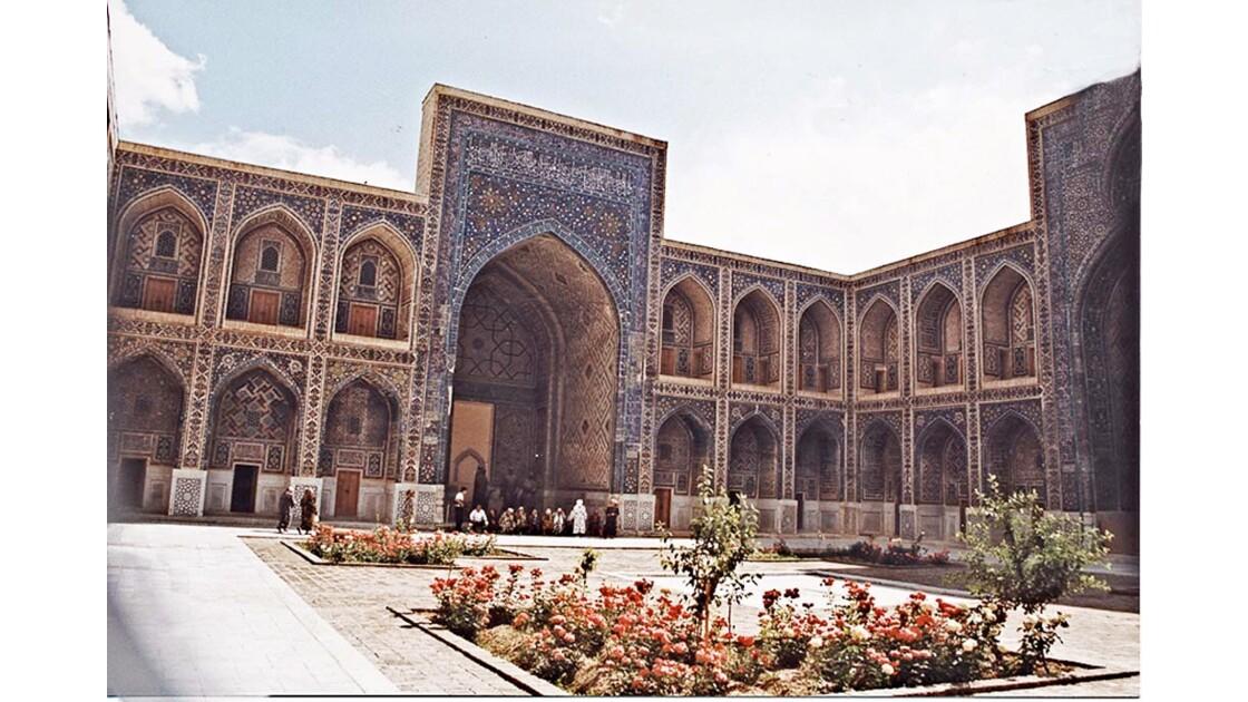 14-10 Ouzbékistan
