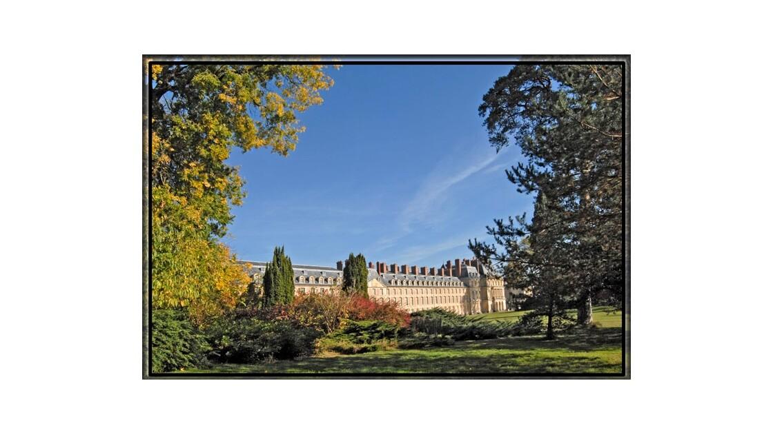 Le chateau  et le jardin anglais