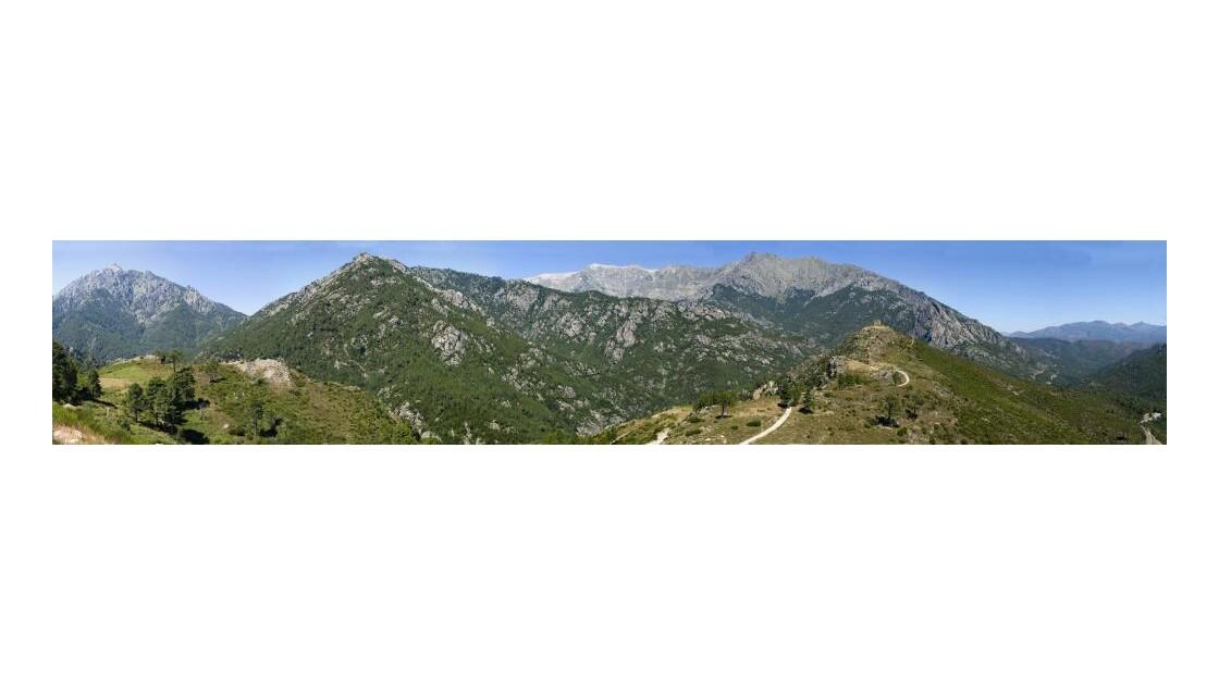 Panoramique_montagne.jpg