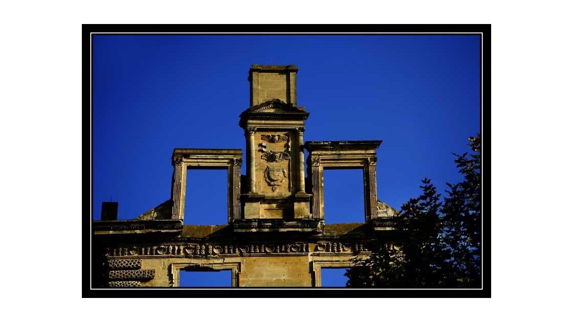 Chateau de la Tour d'Aigues