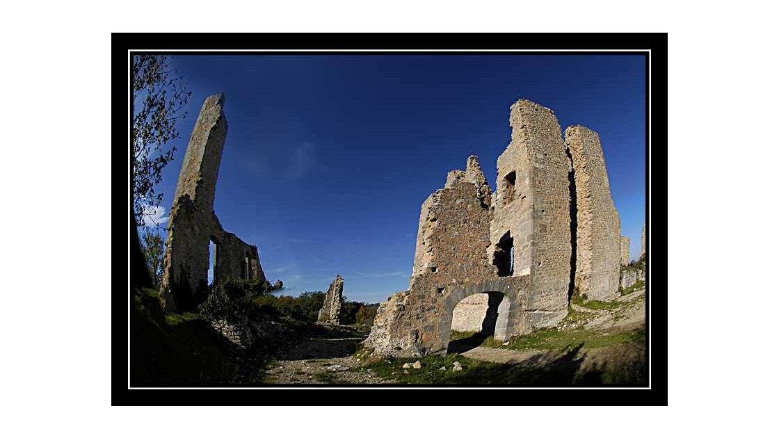 Ruines de Tourves 3