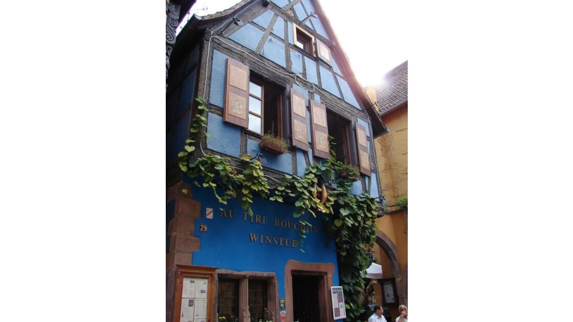 C'est une maison bleue (Riquewihr)
