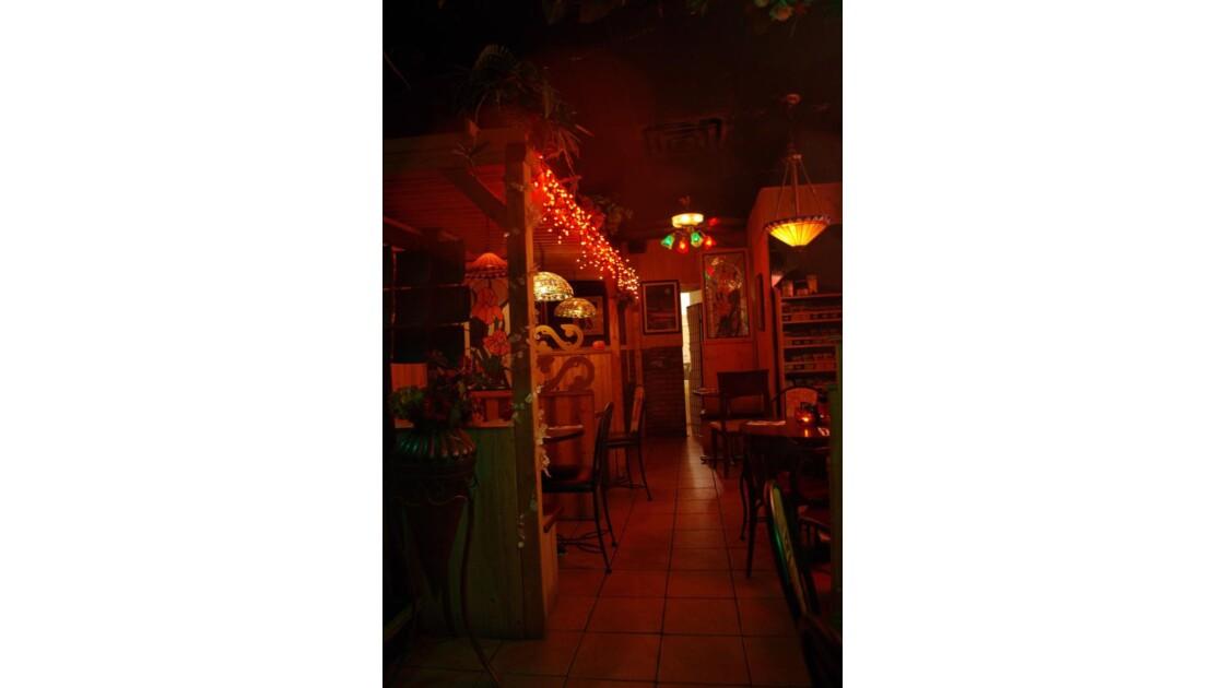 Au restaurant, un dimanche soir (2)
